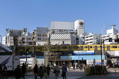 グランド東京ビル 壁面広告幕