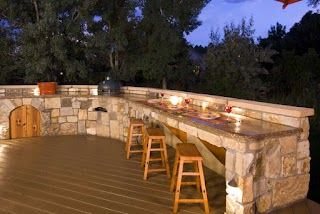 Outdoor Kitchen Lighting Tips for Your Light My Nest