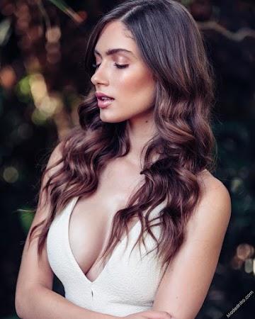 Bianca Rodrigues Photo