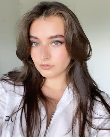 Jessica Clements 130th Photo