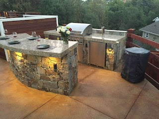 Outdoor Kitchen Kegerator with Acid Stained Concrete Patiowarren