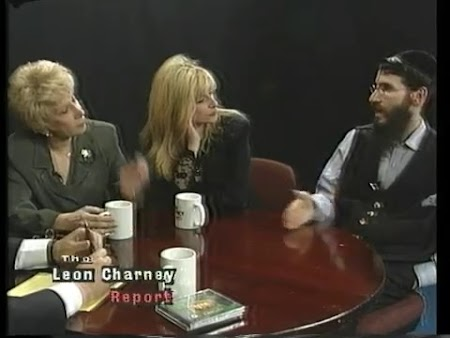 Julie Budd, Marilyn Michaels and Avraham Fried (Original Airdate 12/14/1997)