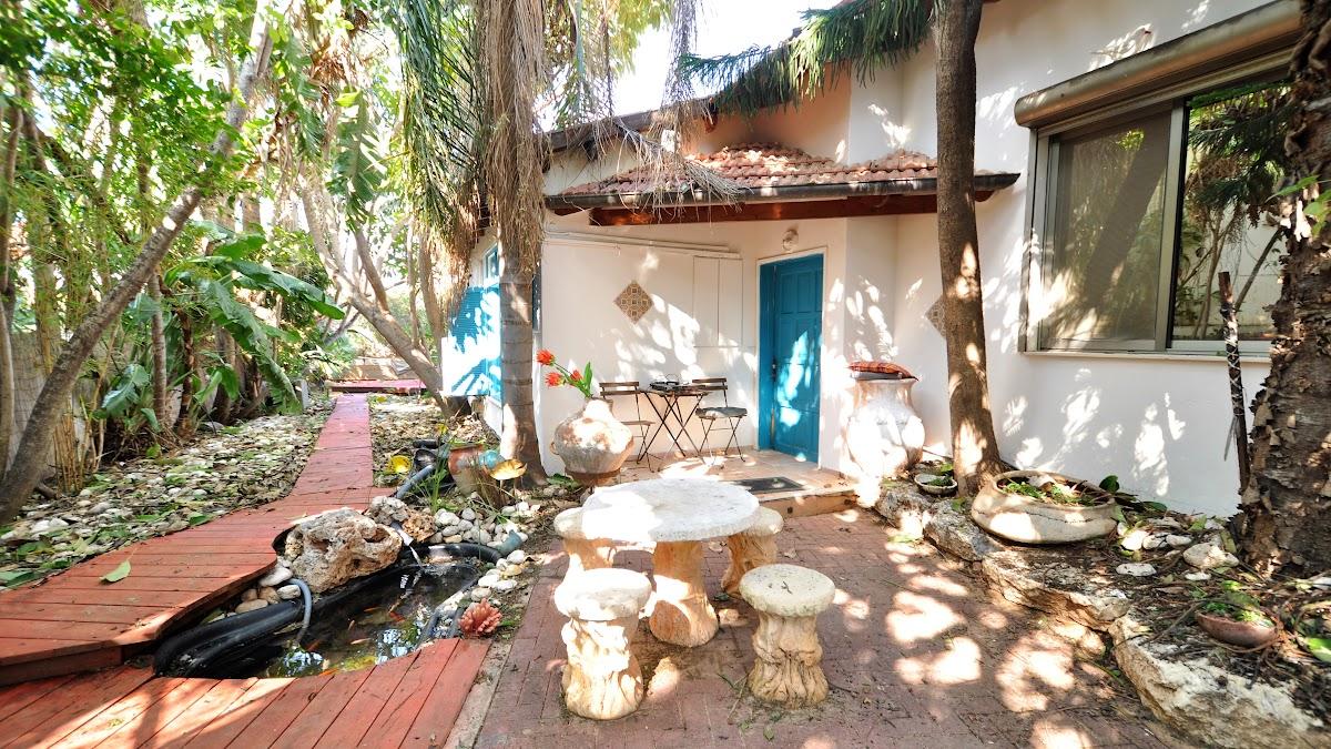 למכירה בית כפרי מקסים בחרוצים