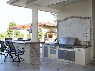 Small Outdoor Kitchen Designs Ideas Pictures Tips From Hgtv Hgtv