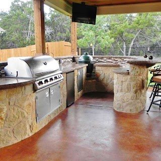 Austin Outdoor Kitchens Curved Kitchen in Archadeck Living