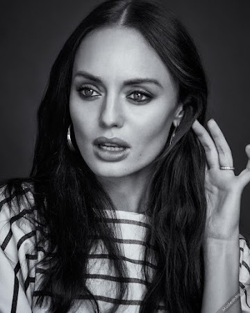 Laura Haddock 9th Photo