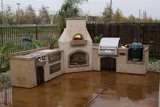 Outdoor Kitchen with Pizza Oven Sonoma Deluxe Model This Gas Brick Can Be Customized to Your