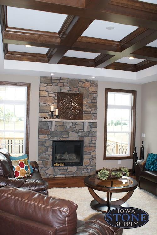Eldorado Verona Hillstone - Fireplace Iron Blk mortar (Platten Parade Fall 2014)