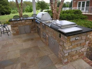 Outdoor Kitchen Layouts Ideas on a Budget 12 Photos of The Cheap