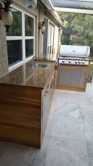 Outdoor Kitchen Tile Woodlook Bbq Modern Patio Miami By
