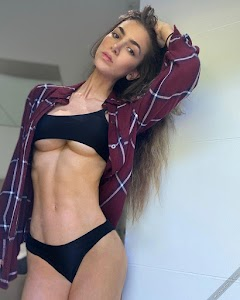 Anllela Sagra 107th Photo
