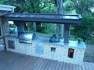 Outdoor Kitchen Chicago Traditional Deck By Barnett Construction