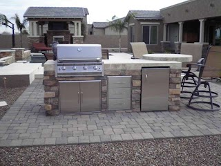 Outdoor Kitchens Arizona Are Great Addition to Backyard Fun
