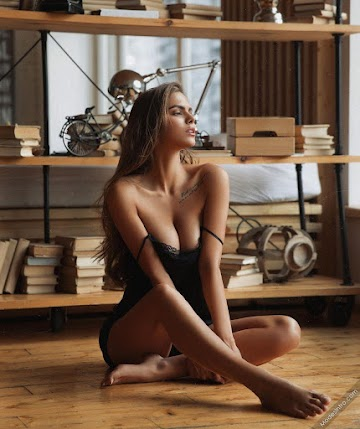 Viki Odintcova Photo
