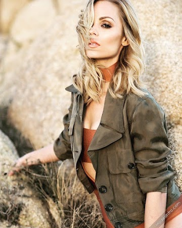 Laura Vandervoort 27th Photo