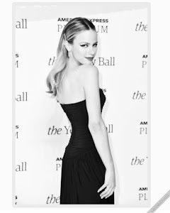Halston Sage 39th Photo