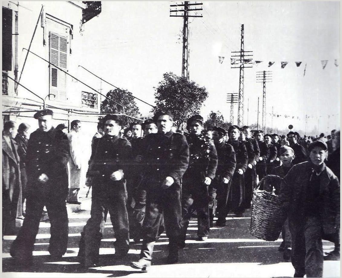 Lexar:ΕΛΑΝ ΜΙΚΡΕΣ ΦΩΤ:Παρέλαση 2:ΕΛΑΝ 1944 ΟΚΤΩΒΡΙΟΣ ΠΑΡΕΛΑΣΗ β.jpg
