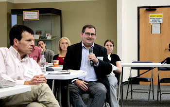 Photo: Kevin McCluskey asks a question of the workshop's final panel on feeding the 10 billion.