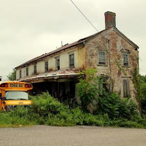 No need for a bus by Janet Smothers - Buildings & Architecture Decaying & Abandoned (  )