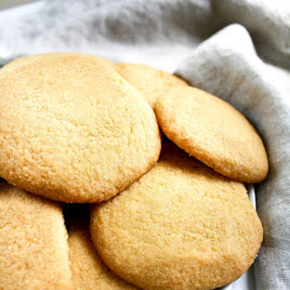 Low-Carb Cookies.