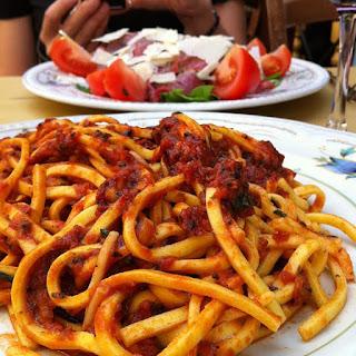Spaghetti alla Chitarra con Pomodoro