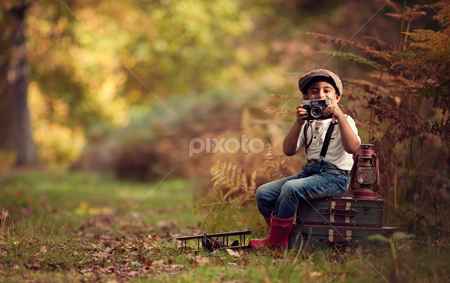 Aaron by Claire Conybeare - Chinchilla Photography - Babies & Children Child Portraits