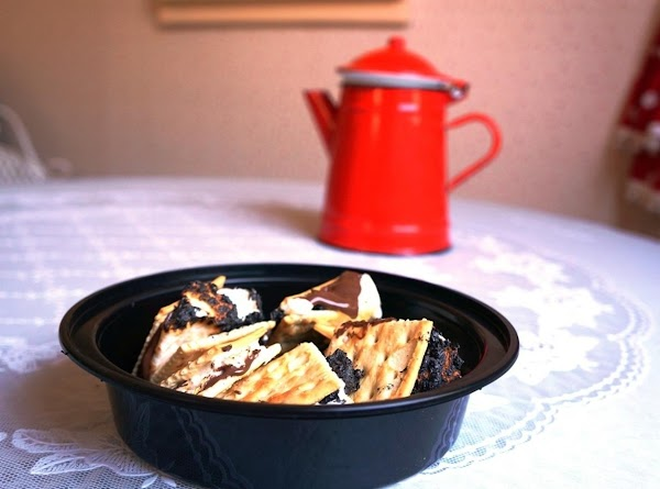 Stovetop S'mores: Gooey, Salty, Melty Mess Recipe
