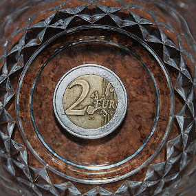by Julie Ahmed - Artistic Objects Other Objects ( pwccoins )