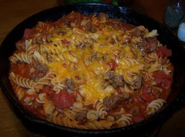 Beefy Macaroni & Tomatoes Recipe