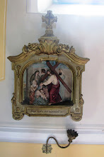 """Photo: *VIII. stáció: Jézus szól a síró asszonyoknak """"Hozzájuk fordulván Jézus, mondá: Jeruzsálem leányai, ne miattam sírjatok, hanem sírjatok magatok és gyermekeitek felett"""" (Lk 23,28)"""