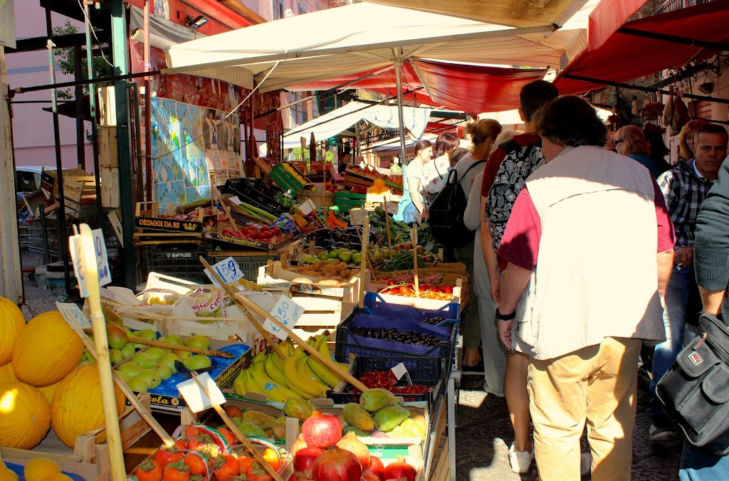 Walking the Palermo Market with Papa Vince