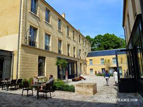 Photo: La Cour des Senteurs à Versailles, une promenade olfactive - e-guide balade à vélo dans Versailles et son parc par veloiledefrance.com