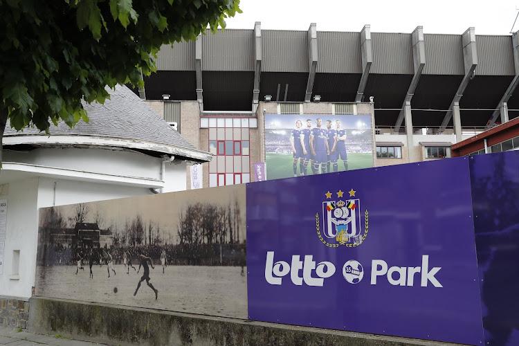 Spectaculaire terugkeer in de maak? 'Anderlecht doet concreet voorstel om ex-topspeler naar Lotto Park te halen'
