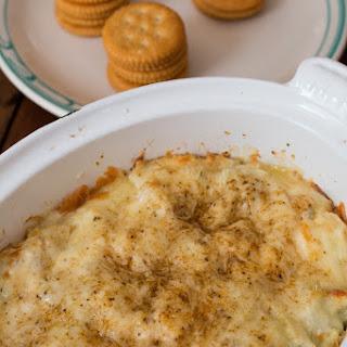 Cheesy Artichoke Crab Dip