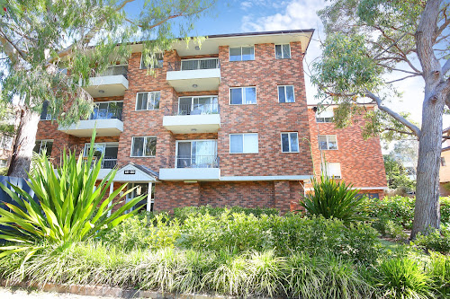 Photo of property at 17/16-20 Allison Road, Cronulla 2230