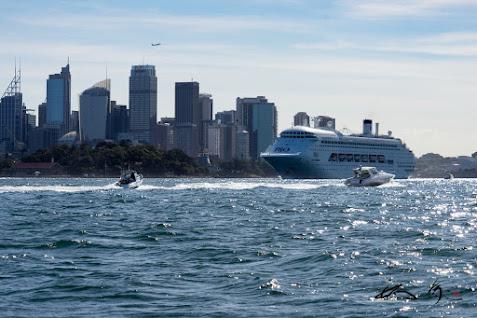 P&O豪華客船&モーターボート