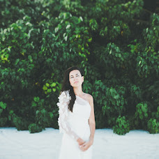 Wedding photographer Alina Glushkova (One-family). Photo of 14.09.2014