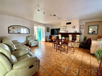 Maison 6 pièces 240 m2