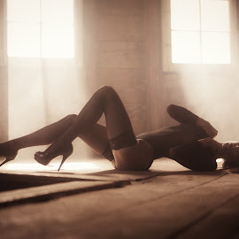 Silent Girl by Frank Kollbi - Nudes & Boudoir Boudoir ( erotic, girl, boudoir, dessous, sensual )