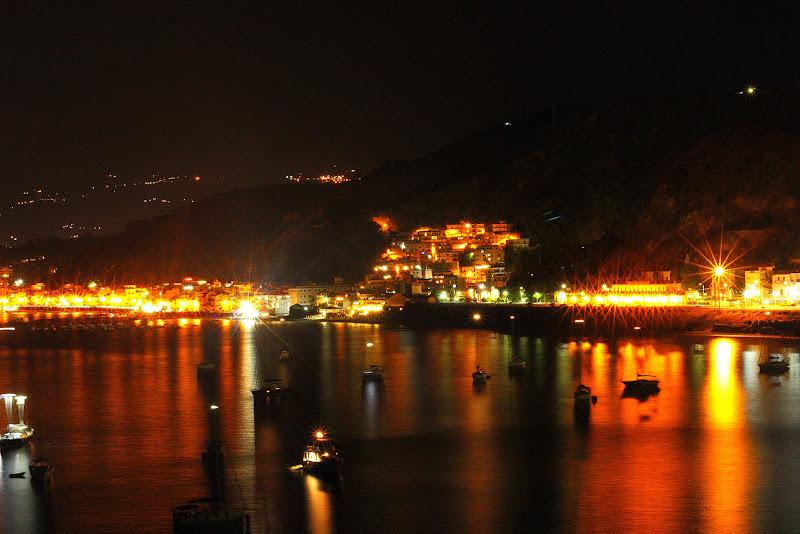 Naxos by night di PH by Alfredo Ranzani