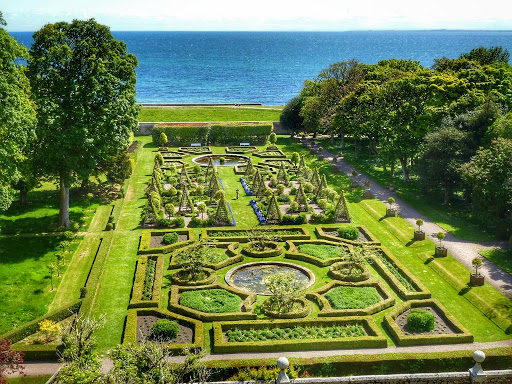 Jardines del castillo Dunrobin