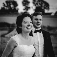 Wedding photographer Laurynas Aravicius (FacesOfYou). Photo of 23.08.2017