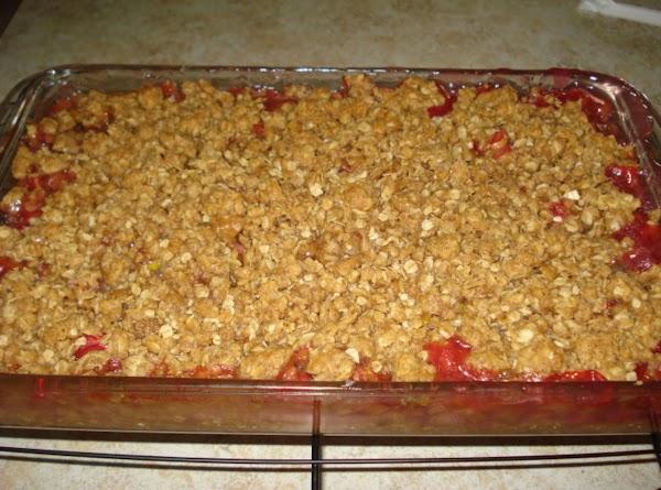 Mom's Rhubarb Crisp Recipe