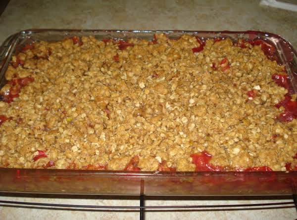 Mom's Rhubarb Crisp Recipe