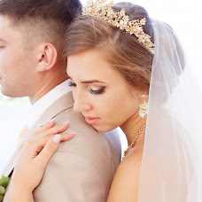 Wedding photographer Dariya Izotova (DariyaIzotova). Photo of 19.10.2017