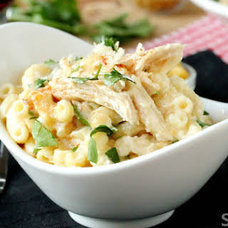 Slow cooker chicken Alfredo macaroni and cheese.