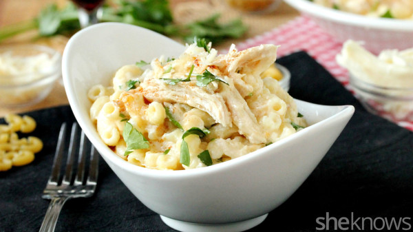 Slow cooker chicken Alfredo macaroni and cheese Recept | Yummly
