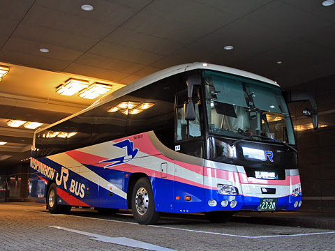 西日本JRバス「青春ドリーム信州号」 2320 長野駅(ホテルメトロポリタン長野前)にて