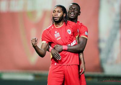 """Mbokani vu par un ancien international congolais : """"Il n'y en a pas d'autre comme lui en Belgique"""""""