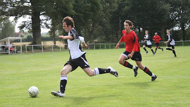 Photo: 22/08/09 v Walkern Rangers (HSCL1) 4-0 - contributed by Martin Wray